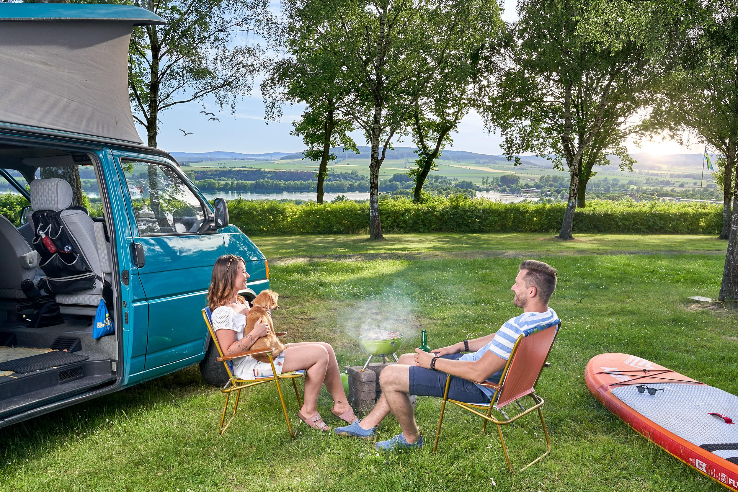 Historische Altstädte und Naturerlebnisse verbinden – Weit- und Seeblick inklusive wie etwa auf dem Campingplatz Northeim-Nord